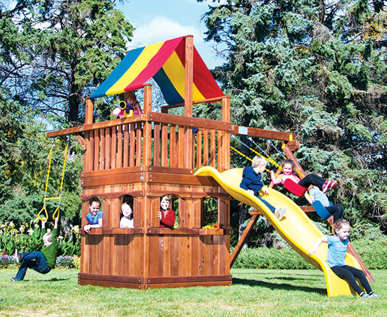 21F Fiesta Clubhouse Pkg II Spacesaver with Playhouse Swing Set