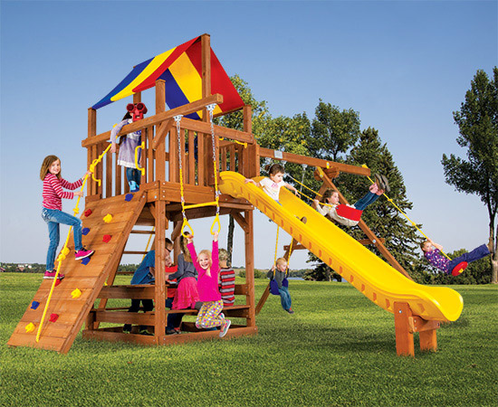 31B Carnival Clubhouse Pkg II Feature Model Swing Set