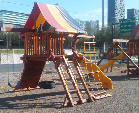 Rainbow Play Systems of Monterrey Mexico