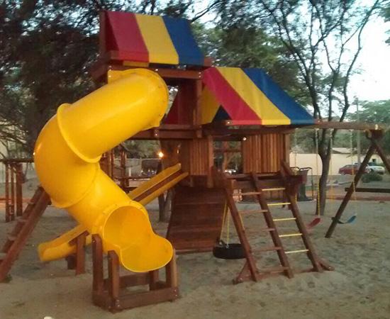 Rainbow Play Systems of Lima, Peru Marcus Inteligentes