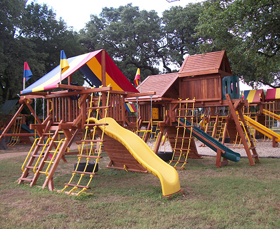 Rainbow Play Systems of San Antonio Texas
