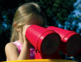 C44 Rainbow Play Village Binoculars