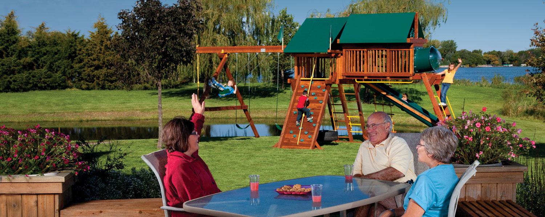 Rainbow Play Systems, Inc. Deck Shot